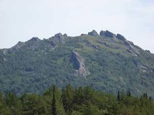 Рис. 6. Вершина горы Синюха