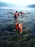Дети и Озеро