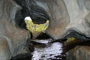 Тулатинская пещера