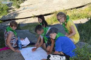 Экологи на берегу Колыванского не только загорали