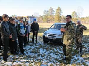 Специалисты Фрунзенского лесничества рассказали школьникам об уникальном методе восстановления леса