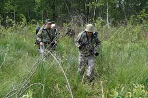 Группа учёных на болотах Большой Согры