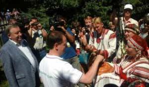 Владимир Мединский, министр культуры Российской Федерации, провёл отпуск со своей семьёй в Алтайском крае